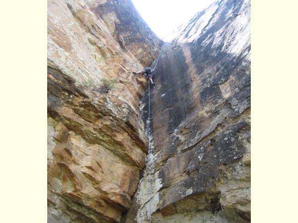 Rock climbing in Piedra Canyon (1)